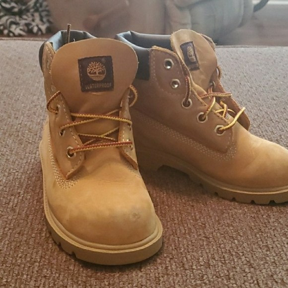 Timberland Shoes   Kids Boots Size 9